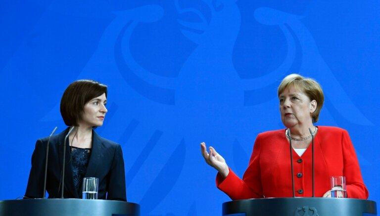 Меркель заверила нового премьера Молдавии в поддержке