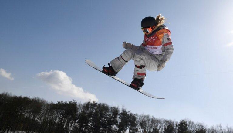 5 iespaidīgi foto: Snovbordistes Kimas zelta medaļas vērtais sniegums