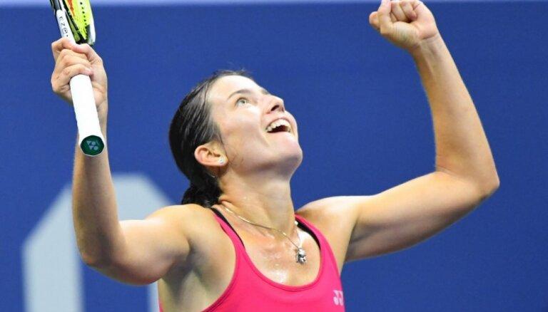 Латвийская теннисистка Севастова сенсационно победила третью ракетку мира