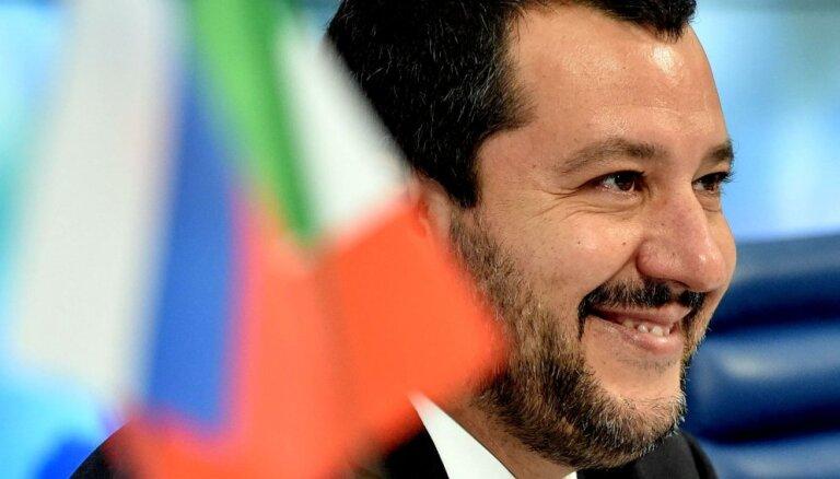 Itālijas opozīcija pieprasa valdībai skaidrot Salvīni sakarus ar Kremli