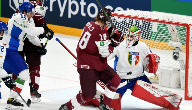 ФОТО, ВИДЕО: Сборная Латвии на чемпионате мира с сухим счетом обыграла сборную Италии