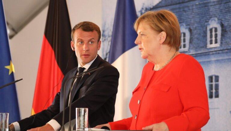 Меркель и Макрон: Россия должна немедленно освободить украинских моряков