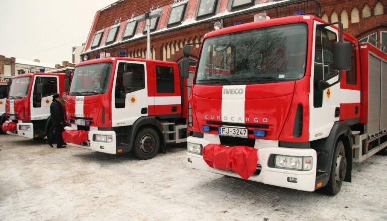 VUGD trūkst vairāk nekā 1000 speciālā transporta vienību