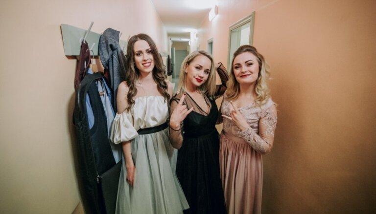 Foto: Ieskats Mārtiņa Freimaņa piemiņas koncerta aizkulisēs