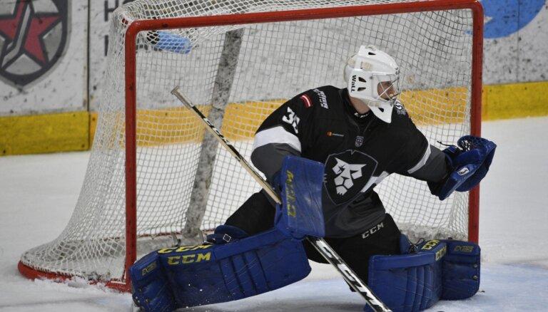 'Rīgas' hokejisti jau trešo gadu nespēj gūt uzvaru pret 'Almaz'