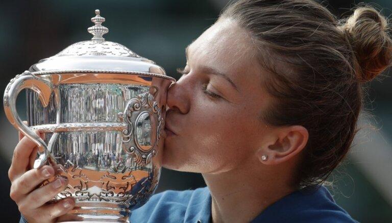 Šosezon brangākā pelnītāja WTA — sieviešu tenisa līdere Halepa