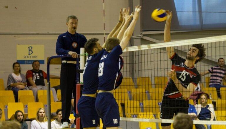 Latvijas volejbola izlase PČ kvalifikācijas turnīru noslēdz ar zaudējumu Portugālei