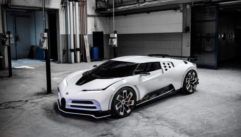'Bugatti Centodieci' superauto ar 1600 ZS par astoņiem miljoniem eiro
