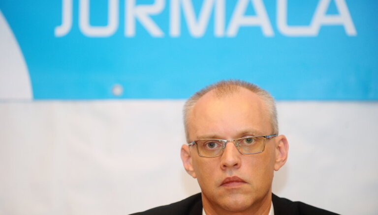 Оппозиция Юрмальской думы опять подняла вопрос об отстранении Труксниса