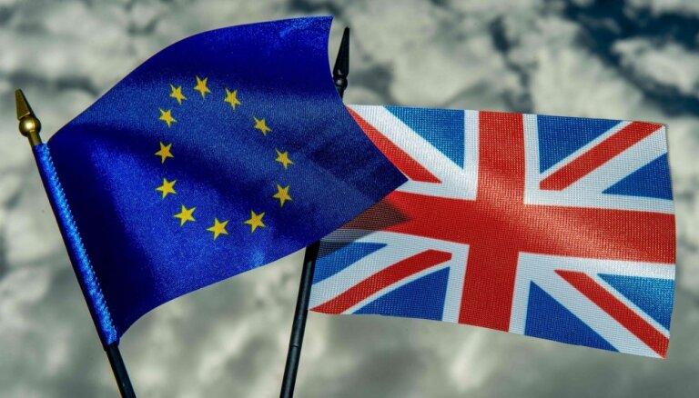 О чем договорились Мэй и Юнкер и что будет с Brexit?