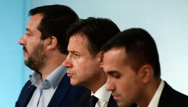 'Parakstīt ultimātu ir muļķības': Venecuēlas krīze sarīda Itālijas koalīciju
