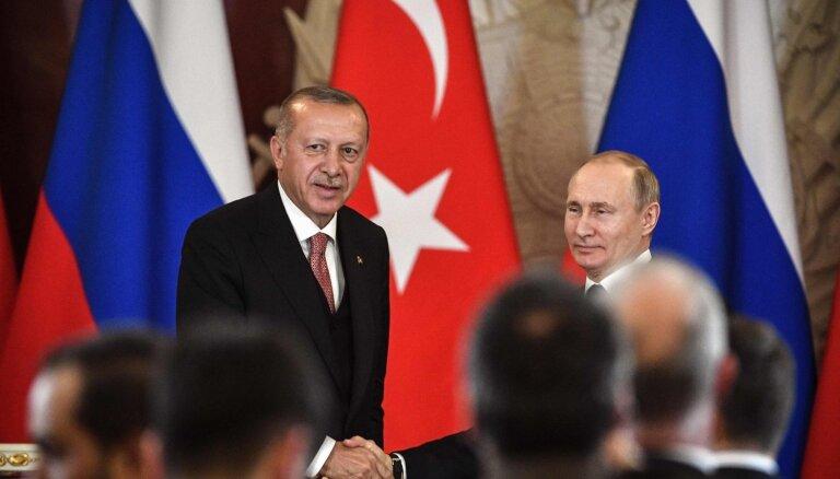 Der Spiegel: Эрдогану нечего противопоставить бесцеремонности Путина