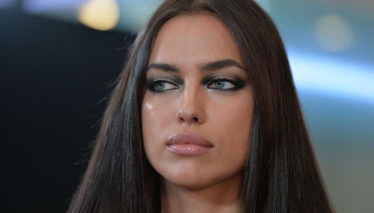 ФОТО: Папарацци поймали Ирину Шейк без макияжа