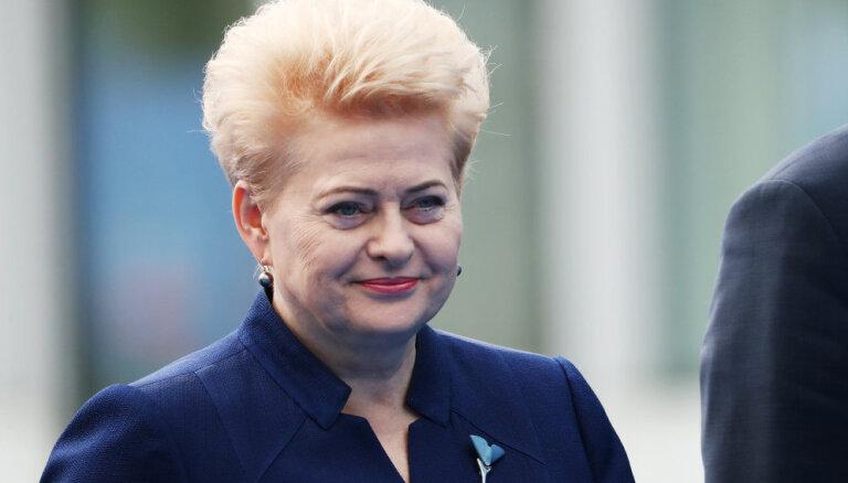 Грибаускайте не смогла вылететь в Ригу на 100-летие независимости Латвии