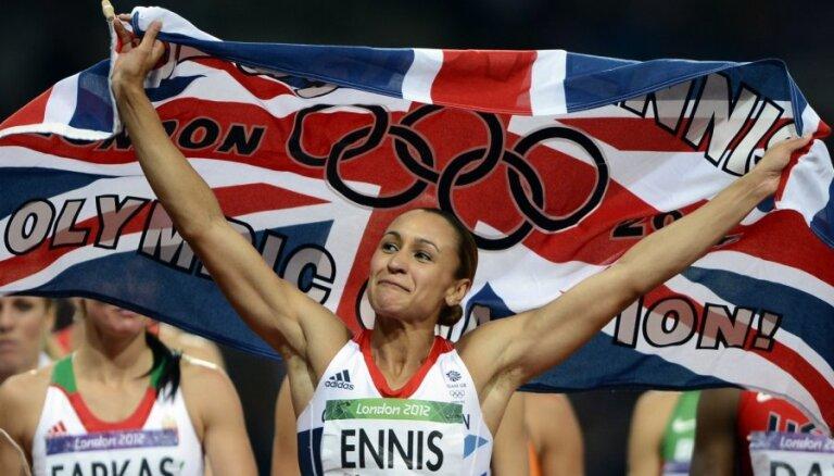 Olimpiskā čempione septiņcīņā Enisa-Hila atvadās no sporta