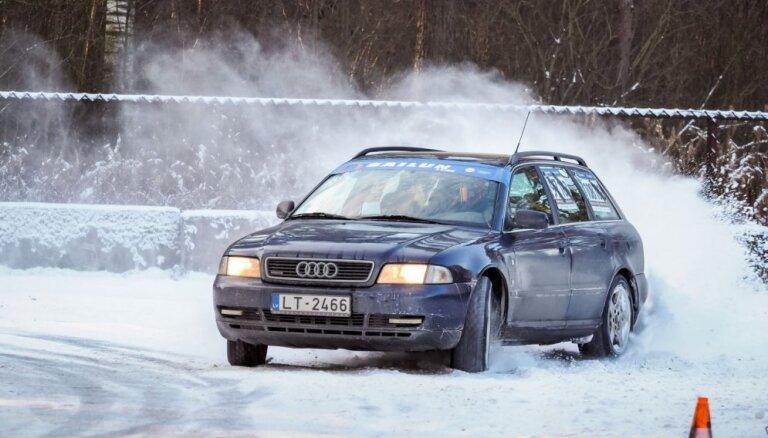 Video: Rīgas Ziemas kausa 1. posmā triumfējis Jānis Hāns ar 'Audi A4'