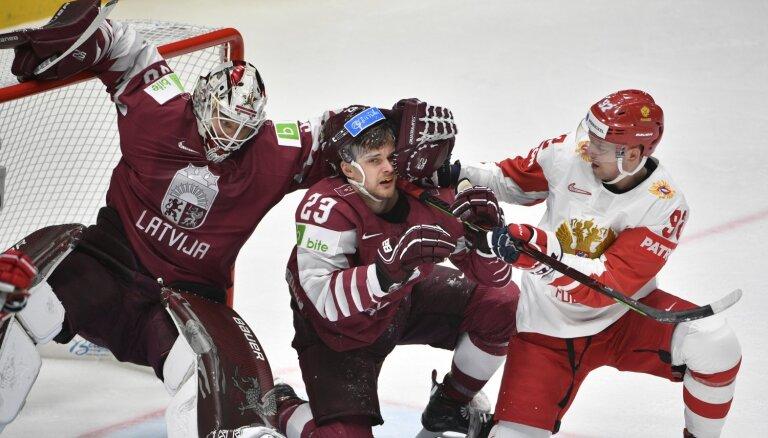 Сборная Латвии лишила россиян рекорда и во втором периоде попала под пресс