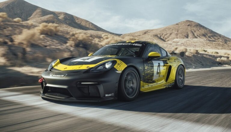 Jaunais 'Porsche 718 Cayman GT4 Clubsport' ar dabiskas šķiedras virsbūves daļām