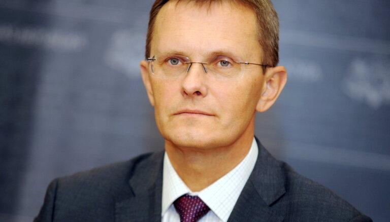 Dombrovskis 'uzmests', lai valdībā tiktu ZZS, apgalvo Vilks
