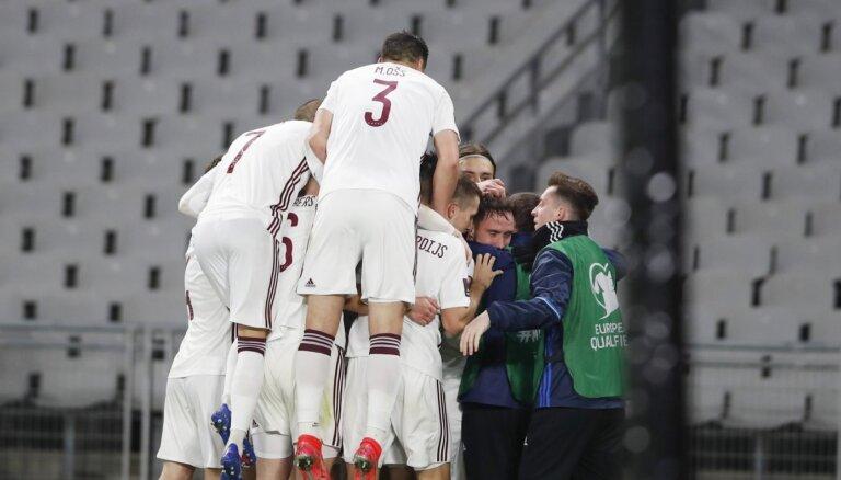 Отборочный турнир ЧМ-2022: Латвия снова удивила в Стамбуле, Россия проиграла в Словакии