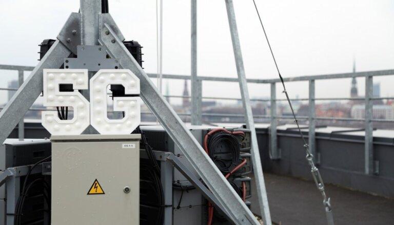 Foto: LMT ierīko pirmo ar 5G tehnoloģiju savietojamo bāzes staciju Latvijā