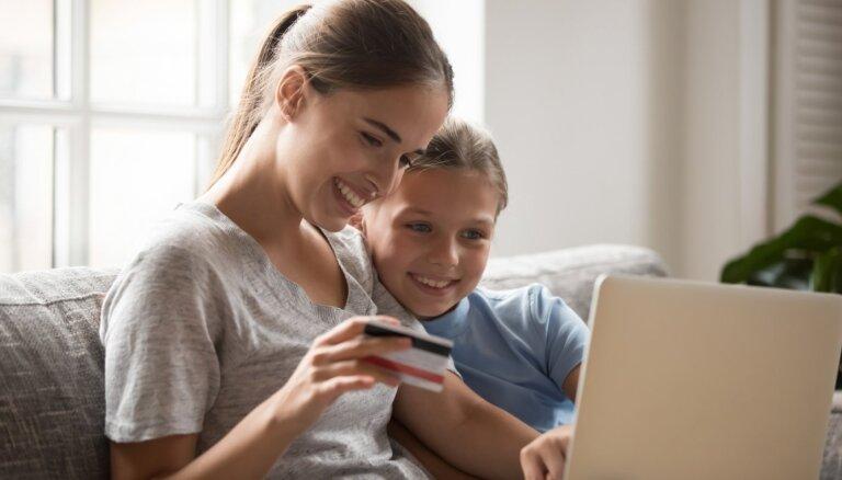 Maksājumu karte ar pievienoto vērtību: apdrošināšana sev, ģimenei un mājoklim