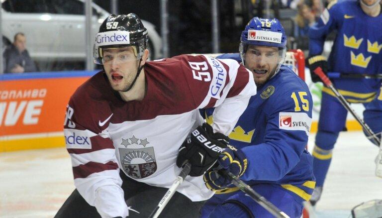 'Kurbads' papildina sastāvu ar bijušo Latvijas izlases hokejistu Bajarunu