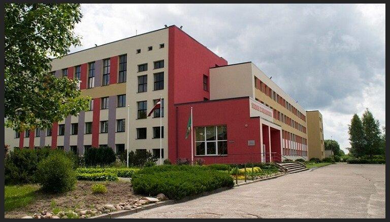 Saldus vidusskolas ēku par 1,3 miljoniem eiro pārbūvēs SIA 'Telms'