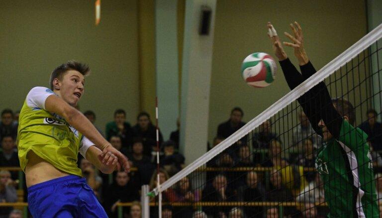 'RTU/Robežsardze' meistarlīgas mačā trīs setos uzvar Latvijas čempionus 'Lūšus'