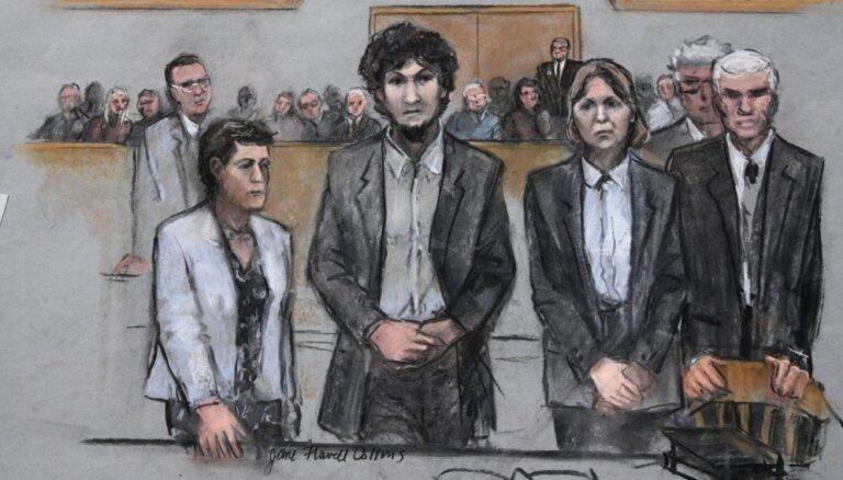 'Bostonas spridzinātājam' piespriež sešus nāvessodus un 10 mūža ieslodzījumus