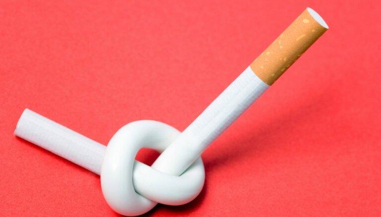 Минздрав связывает запрет на курение на балконах со смертностью младенцев