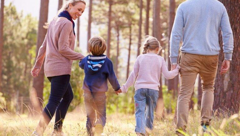 Ērču aktivitāte sākusi pieaugt; kā no tām pasargāt sevi un savu bērnu