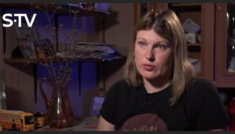 Video: Magone Šutoviene vaļsirdīgi izstāsta, kāda ir gultas dzīve ar Žani