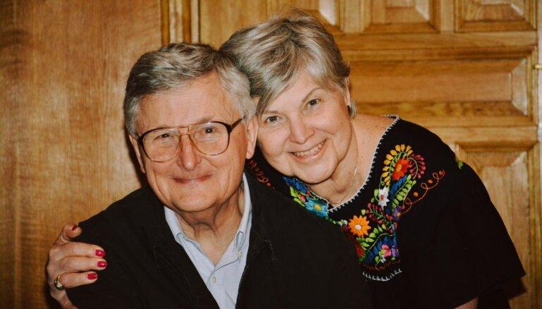 'Man dzīvē laimējies'. Vilis Vītols par dimanta kāzām, tēva lomu un vitālu dzīves viduspāreju