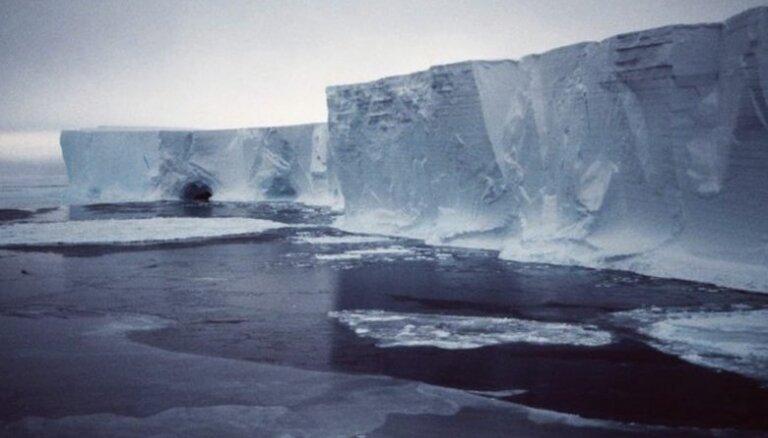 Площадь льдов в Арктике — минимальная за 8000 лет