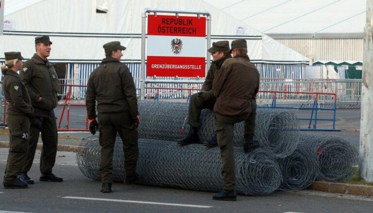 Австрия ввела временный контроль въезда на границах