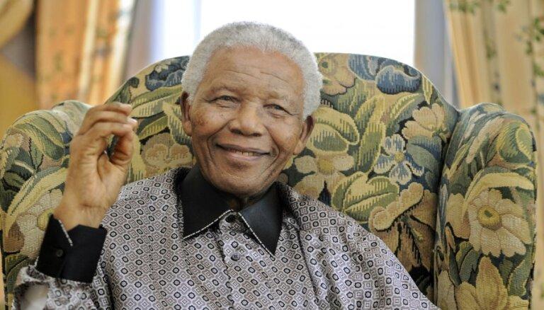Нельсон Мандела завещал наследникам $4 млн.