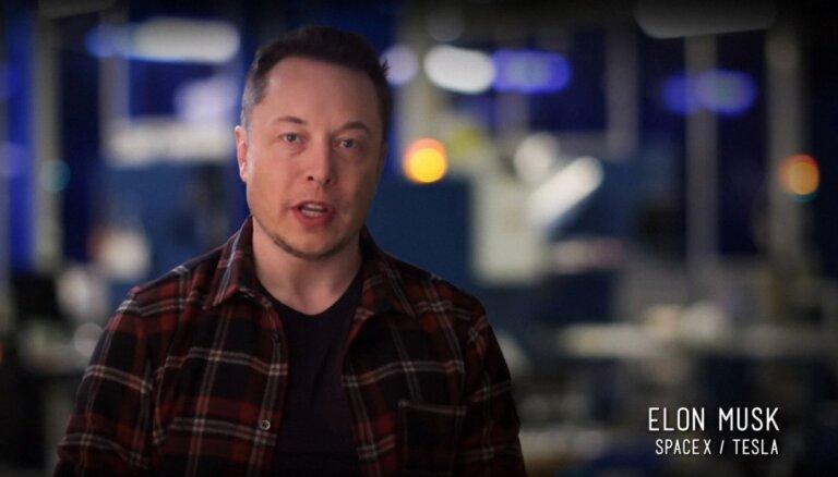 Īlons Masks rezervējis sev vietu lidojumam Brensona kosmosa kuģī