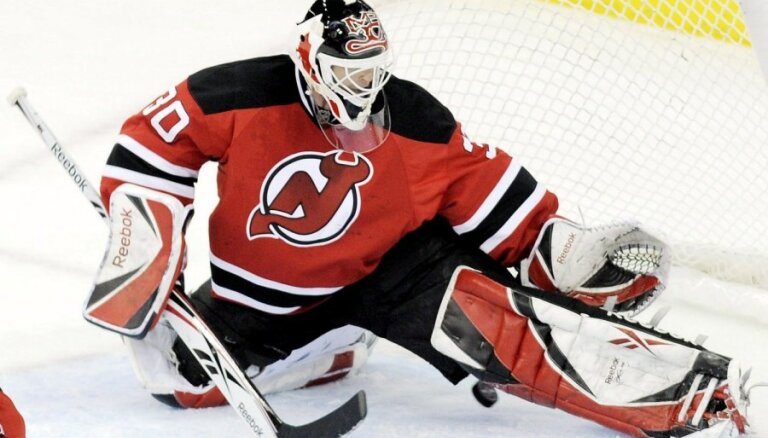 Divas no trim NHL nedēļas zvaigznēm - vārtsargi