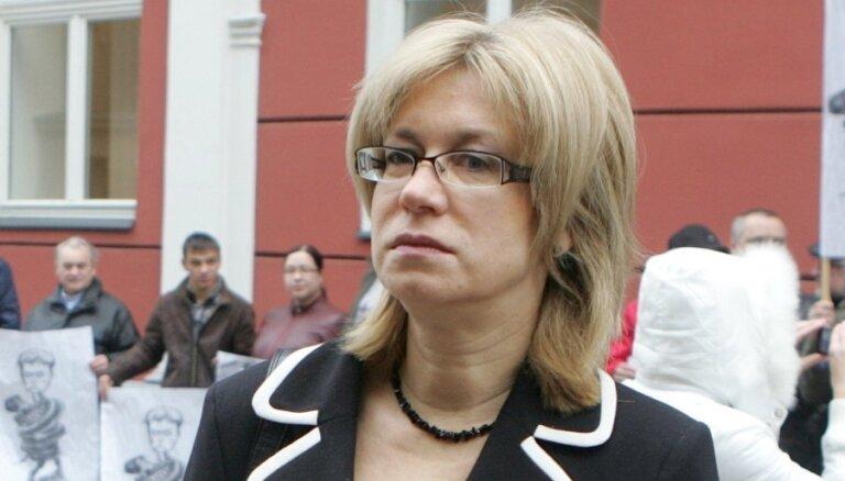 Druviete liek izvērtēt Krievijas vēstnieka dāvāto grāmatu atbilstību