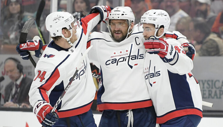 НХЛ: Овечкин догнал Лемье и подтянулся к Гретцки, у Балцерса — второй гол в сезоне