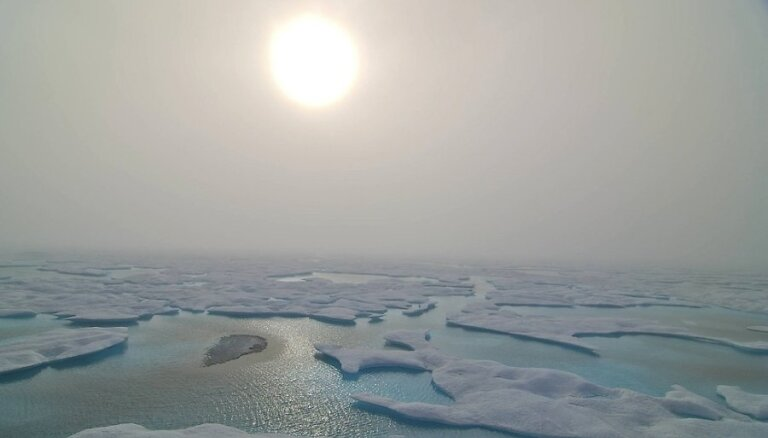 Холодные зимы связали с излучением Солнца