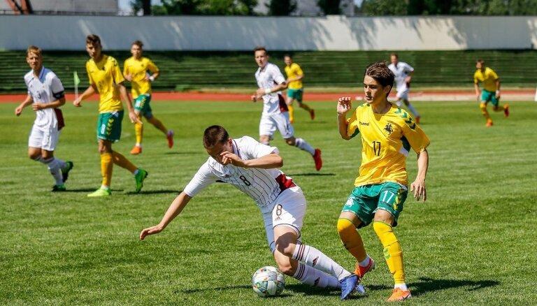 Latvijas U-21 futbolisti pārbaudes spēlē uzvar Lietuvas vienaudžus