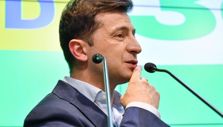 Представители России не приглашены на инаугурацию Зеленского