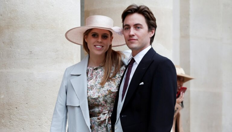 Britu princese Beatrise ir stāvoklī ar pirmo mazuli