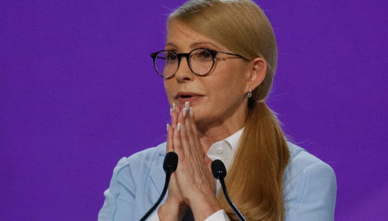 Timošenko apsūdz Porošenko vēlēšanu falsifikācijā
