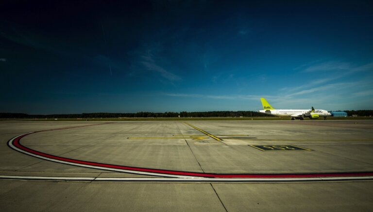 'airBaltic' audzē pārvadāto pasažieru skaitu