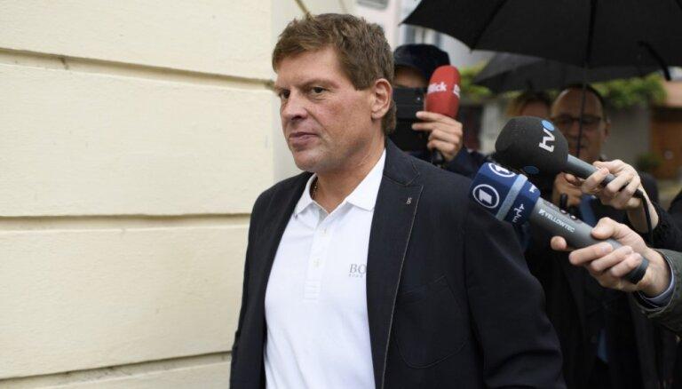 Skandalozajam vācu riteņbraucējam Ulriham nosacīts cietumsods par braukšanu dzērumā