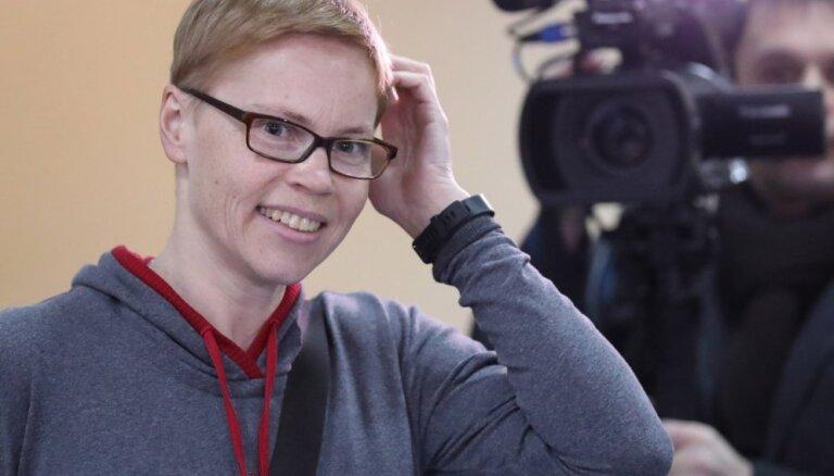 Baltkrievijas tiesa piemēro sodanaudu neatkarīgajai žurnālistei Zolotovai