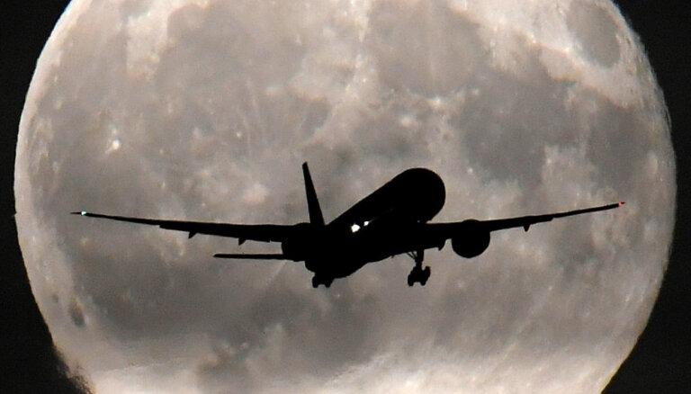 Krievijas militāristi vēlas tiesības notriekt nolaupītas pasažieru lidmašīnas